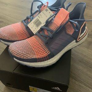 Adidas women's UltraBoost 19 shoes G54013 Size 7